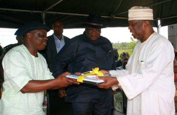 Uduaghan Makes Ground-Breaking Rites At Delta Leisure Park