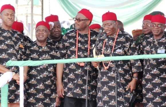 2015: S'East Govs Beg Jonathan To Re-Contest As Nigeria's President