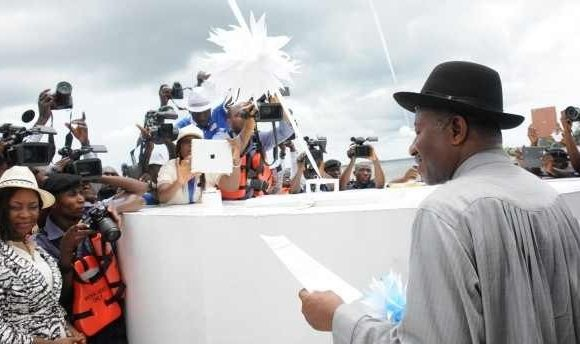 Jonathan Breaks Ground for Maritime University, Dockyard in Delta * As Uduaghan seeks Support for Jonathan in 2015