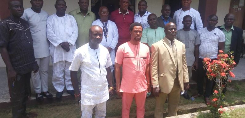 WARRI NORTH LG COUNCIL BOSS INAUGURATES 13-MAN EDUCATION COMMITTEE