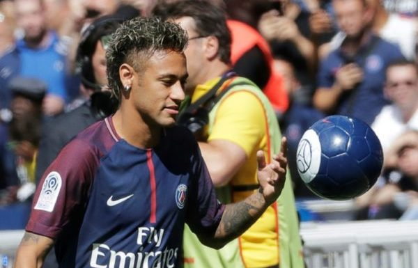 Neymar's Surgery To Take Place In Brazil