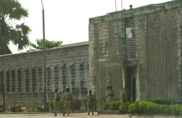UK Rejects Nigerian Prisoners: Offers £700,000 For Kirikiri Prisons Expansion