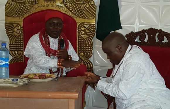 THE GAINS OF HELPING PEOPLE: Bashorun Askia Becomes First Non-Indigenous Senior High Chief of Olomoro Kingdom