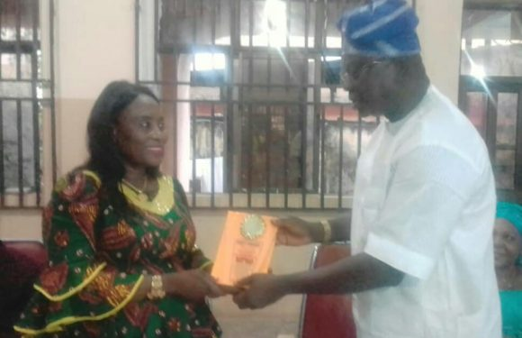 Uzere Indigenes Honour DESOPADEC Director, Askia Ogieh, Pledge Support To Okowa