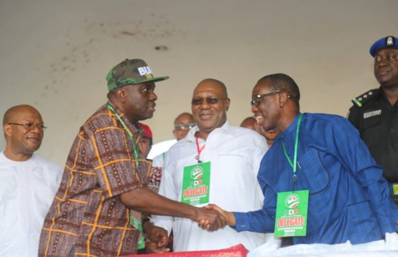 2019 Polls: Gov. Okowa Emerges Delta PDP Guber Flag Bearer