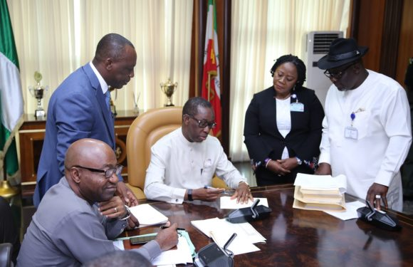 Gov. Okowa Signs 6 Bills Into Law … Creates Warri/Uvwie, Environs Devt Agency …Tackles Water, Sanitation Challenges