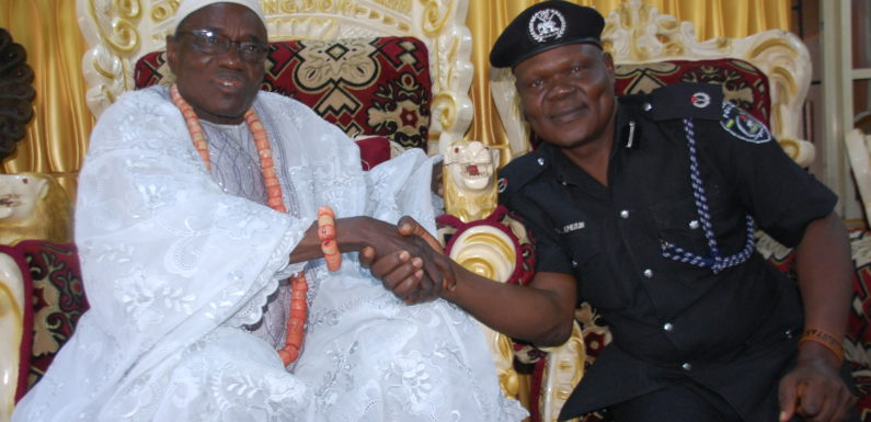 SECURITY: OLEH MONARCH WELCOMES POLICE AREA COMMANDER ON FAMILIARIZATION TOUR