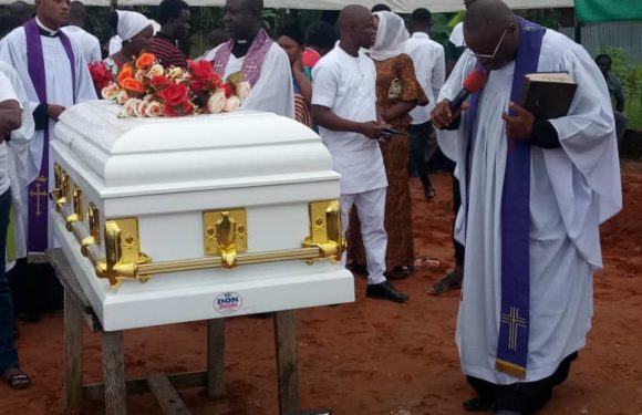 ELOZINO OGEGE BURIED AMIDST TEARS FROM DELSU STUDENTS, FAMILY, RELATIONS