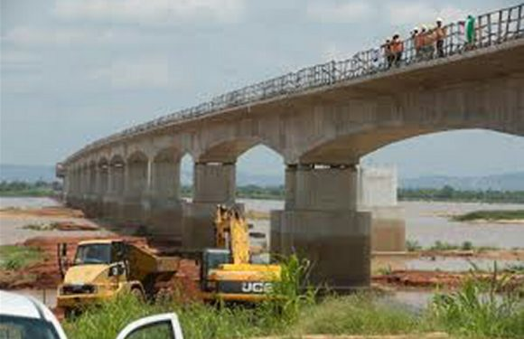 Suicide Attempts:  FG May Redesign Second Niger Bridge
