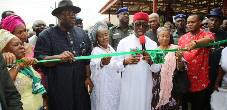Gov. Okowa Advocates FG, States Collaboration In Development  … Commissions Market In Bayelsa