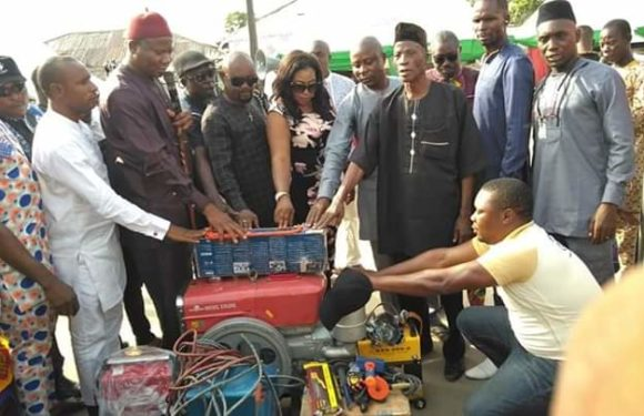 Okowa's Aide Presents Welding Equipments to Empowerment Beneficiary