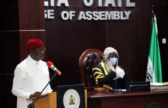 DELTA GOV OKOWA PRESENTS 2021 FISCAL BUDGET OF N378.48BN TO HOUSE OF ASSEMBLY