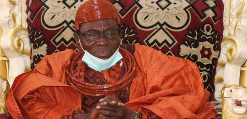 KILLING OF 9 OLEH INDEGENES: MONARCH CALLS FOR CALM, COMMISERATES WITH BEREAVED FAMILIES, URGES PEACE