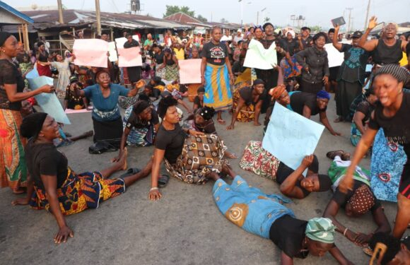 KILLING OF OLEH 12: OLEH WOMEN PROTEST, CALL ON OKOWA, IGP, CP FOR QUICK JUSTICE
