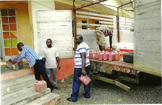 DELTA: Obielum Donates Relief Materials To Itsekiri Communities