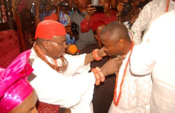 Chief Edo Congratulates Igbide Monarch HRM Obukeni 1 On 44th Coronation Anniversary