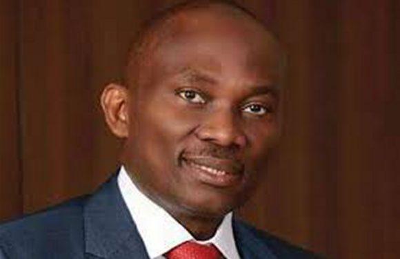 ELUMELU URGES LOVE, FELICITATES WITH NIGERIANS AT CHRISTMAS